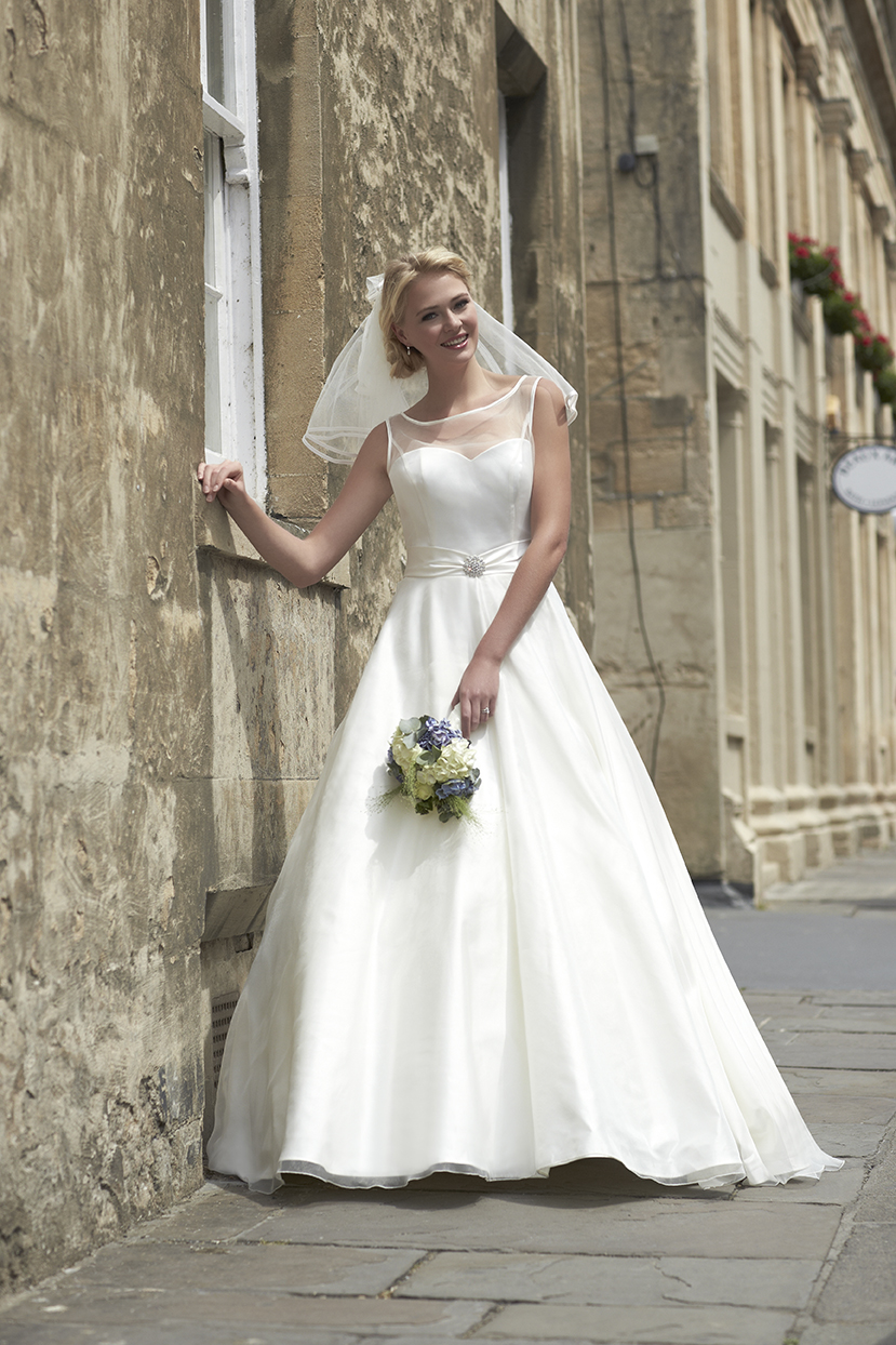 Guide to wedding dress shapes brides of winchester for Busty brides wedding dresses