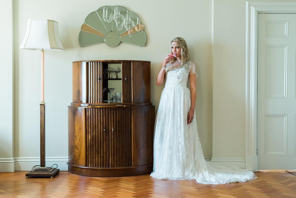 Art Deco Wedding Gowns: Art Deco Photoshoot At Portland House