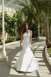 Sassi Holford - Designer Wedding Dresses