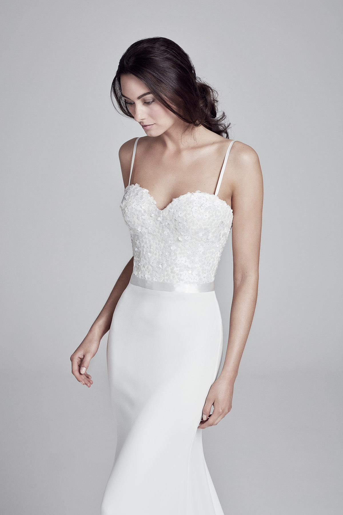 Hampshire Brides | Wedding Dress | White wedding gown